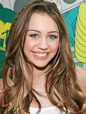 Teen Choice on Fox is Miley, But Where Are Fox's Teen Stars?